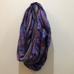 Old Navy Purple Neck Scarf